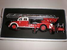 1/43   Fire Ladder  MAGIRUS-DEUTZ S 6500 DL-30 Minichamps