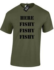HERE FISHY FISHY MENS T-SHIRT FUNNY FISHERMAN ANGLER CARP FISHING GIFT PRESENT