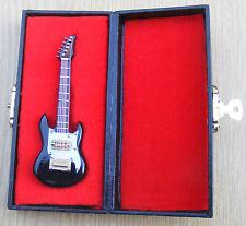 1:12th Scale Black Guitar & Black Case Dolls House Miniature Instrument 546