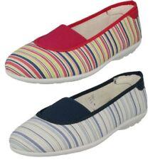 Mujer Easy B Resbalón zapatos de lona Hilary