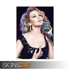 Kylie MINOGUE microphone (1175) Poster Art Imprimer A1 A2 A3 - 2ème Poster 50% off!