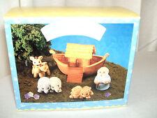 "Hallmark Christmas Ornament ""Noah'S & Frieds"" 1995 Collector Set In Box"