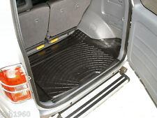 Toyota Rav 4 Mk2 black rubber car boot load liner dog mat guard bumper protector