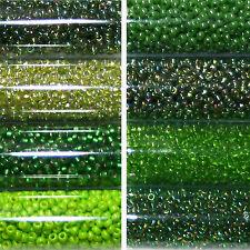 Miyuki Rocailles 11/0 rund 2 mm grün, grasgrün, apfelgrün ca. 9,9g = 1 Röhrchen