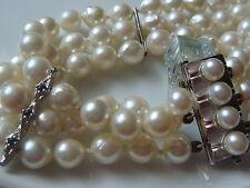 Exclusives Pearl Bracelet Three Row Akoya 585 ER goldverschluß with Sapphire