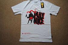 Play Nizza abbigliamento Rosso & Nero Logo dynaman T SHIRT NUOVA con etichetta ufficiale dell' onorevole JAGO RARA