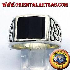 anello in argento 925 ‰ con onice e nodo celtico