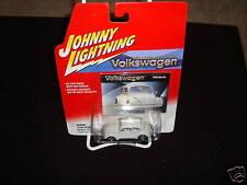 2002 Johnny Lightning 1966 Volkswagen Bettle Car Scale 1:64 NIP
