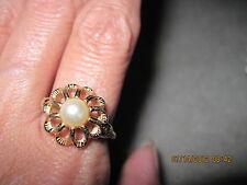Vintage BEAUTIFUL Flower Burst Ring....1974...Avon  .  .#365...adjustable