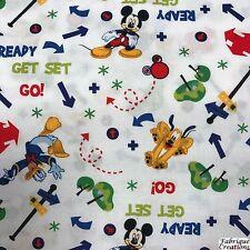 NUTEX FABRIC 100% Cotton - Disney Mickey & Friends - Mickey / Pluto (37270-102)