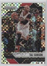 2016 Panini Prizm Retail Starburst #30 Taj Gibson Chicago Bulls Basketball Card
