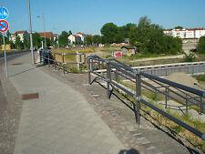 Verkehrsschutzgitter System Anhalt, rot/weiß o. grau (auch andere RAL - Töne)