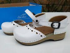 NEW Dansko Jaime PATENT LEATHER Girls  Mary Jane shoes CLOGS white PIERCED HEART