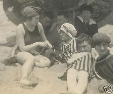 ANTIQUE AMERICAN PITBULL BOARDWALK BEACH FLORAL UMBRELLA FLAPPER BATHERS  PHOTO