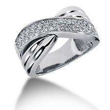 0.90 CaratsTw Women's Round Brilliant Cut Diamond Right Hand Ring 14k White Gold