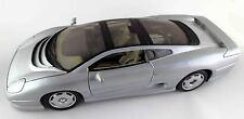 Maisto Jaguar XD220 XD 220 1:18 1992–1994 Coupe V6 silber 1/18 1
