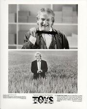 Robin Williams face close up in Toys 1992 original movie photo 5822
