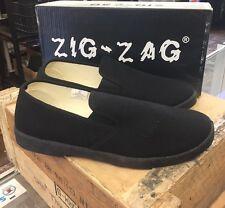 Zig Zag Wino Shoes-Black Slip-On * Black Sole