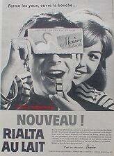 PUBLICITE CHOCOLAT MENIER RIALTA AU LAIT MARIN MER DE 1959 FRENCH ADVERT PUB