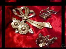 Vintage Silver tone Flower Pin Demi Parure  CAT RESCUE