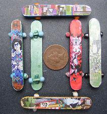 1:12 Scale Dolls House Wooden Skate Board Garden Or Nursery Toy Accessory