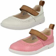 Infant Girls Clarks Walking Shoes 'Tri Atlas'