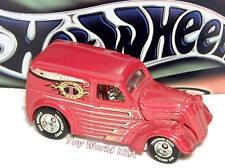 2002 Hot Wheels Treasure Hunt #12 Anglia Panel