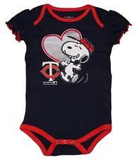 NWT Minnesota Twins MLB Snoopy Peanuts Newborn/Infant Girls Creeper Bodysuit