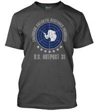 THE THING inspired OUTPOST 31 horror, Men's T-Shirt