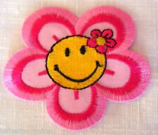 ECUSSON PATCH BRODE thermocollant - FLEUR SMILEY **7 x 7,5 cm**