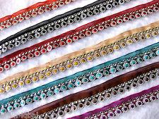 1m hübsche Borte mit Applikationen,25mm breit, verschiedene Farben  B154