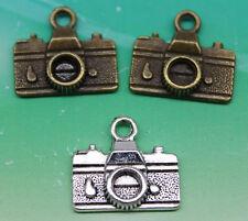Wholesale 10/30/60/100pcs retro style camera model alloy charms pendant 14x15mm