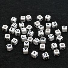 300 Perline Cubo Bianca-Acrilico Singola Lettera A-Z alfabeto Perline 6 mm