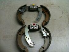 FORD FIESTA 1.25 1.3 1.6 Zetec 1.8 TD 2000-2002 Posteriore Freno Scarpe 2 cilindri dei freni
