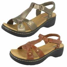 Ladies Clarks Sandals Hayla Flute