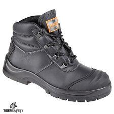 Unbreakable Renovator 8102 S3 SRC Black Steel Toe Cap Chukka Safety Boots PPE