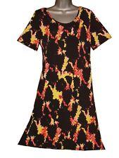 Plus size short sleeved knee length printed dress