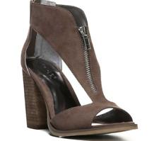 New Carlos by Carlos Santana Women's Jury 2 T Strap Sandals