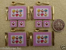 Casa de muñecas en miniatura Cupcake De Mesa Manteles Individuales Y Posavasos Gold o Silver Cutlery