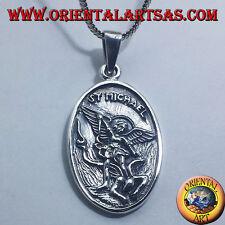 ciondolo in argento san Michele e l'angelo custode