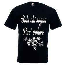 T-shirt bianca o nera donna uomo scritta SOLO CHI SOGNA PUO' VOLARE farfalla