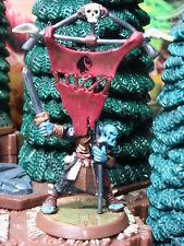 Ornak Utgar Flagbearer Heroscape Crest of the Valkyrie