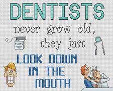 "Dentistas mira hacia abajo en la boca Cross Stitch Design (10""x8"",25x20cm, Kit/Gráfico)"