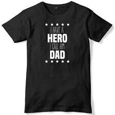HO un eroe, potrei chiamarlo papà da Uomo Divertente T-SHIRT UNISEX