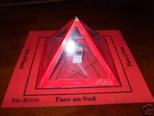 La Pyramide à souhait Magique Esotérisme rare rouge +++