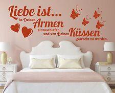 X1199 Wandtattoo Spruch / Liebe ist in deinen Armen einzuschlafen Küssen Sticker