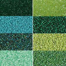Miyuki Delica Beads rund 11/0 1,6mm hellgrün, Grasgrün, dunkelgrün a 5 Gramm