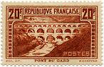 "FRANCE N°262 ""MONUMENTS ET SITES, PONT DU GARD 20 F"" NEUF xTB"