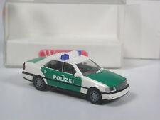 Top: Wiking mercedes c 200 verde-blanco policía en OVP