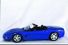 1:18 Maisto Chevy Corvette '98 Convertible blue, silver, green